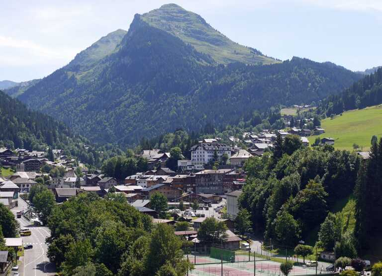 How to Spend Your Summer and Winter in Morzine
