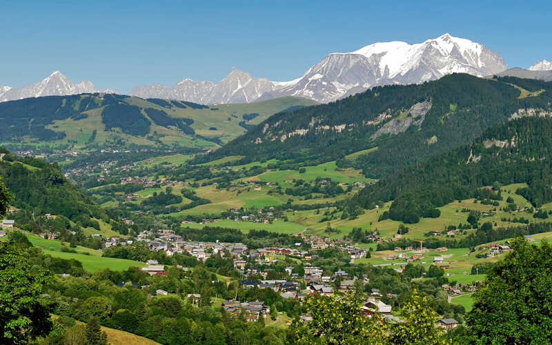 What to do in Praz-sur-Arly in Summer or Winter
